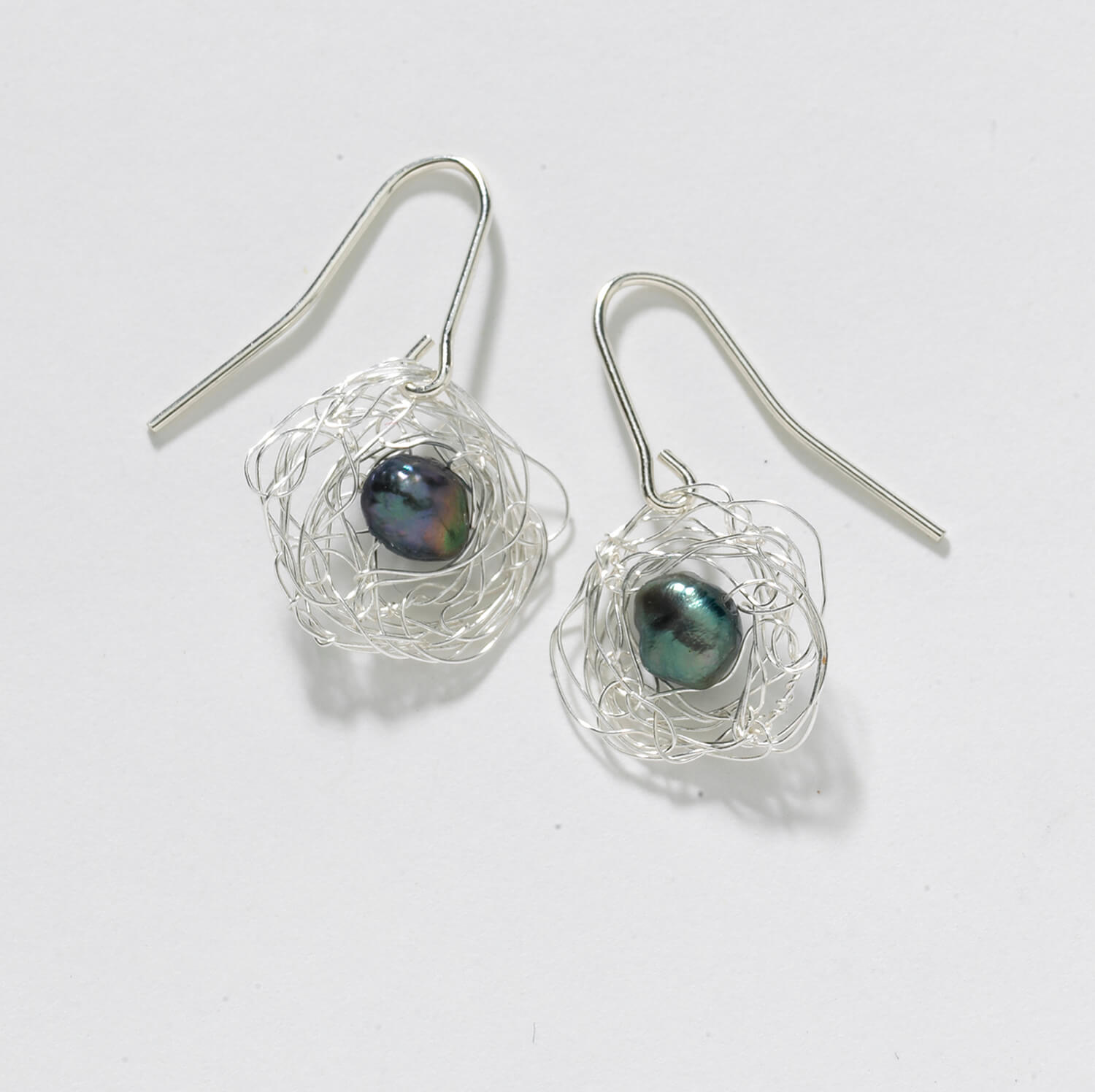 Sterling/Grey Nest Earring