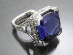 learn about tanzanite gemstone