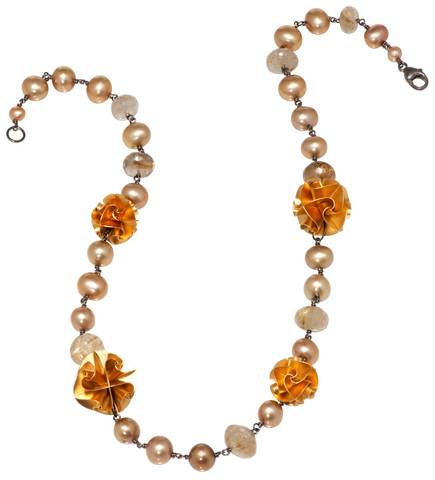 mixed flora necklace in gold