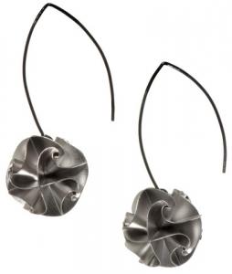Chihiro Makio Flora Drop earrings silver
