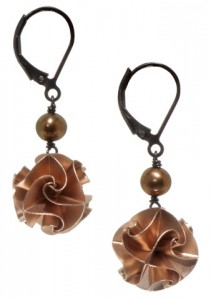 Flora small dangle rose earrings