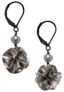Chihiro Makio Silver Pearl Flora Earrings