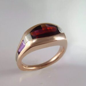 Mens ring with garnet and lavender sapphires in rose gold and palladium