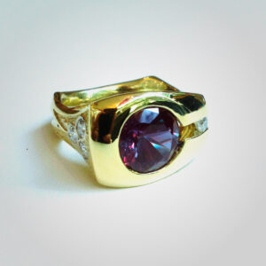 Mens ring with synthetic alexandrite, diamonds & 18k gold