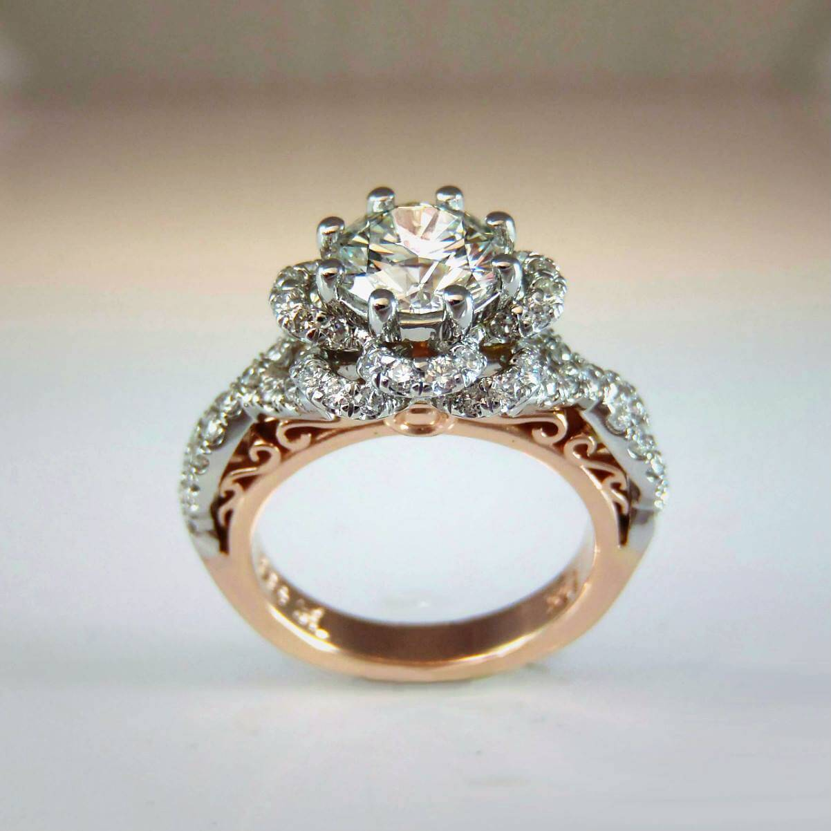 Platium rose Gold Diamond Ring
