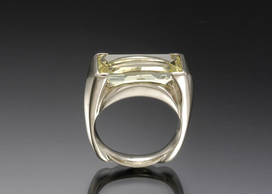 Beryl White Gold Ring