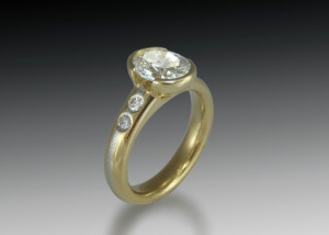 Yellow gold & platinum engagement ring