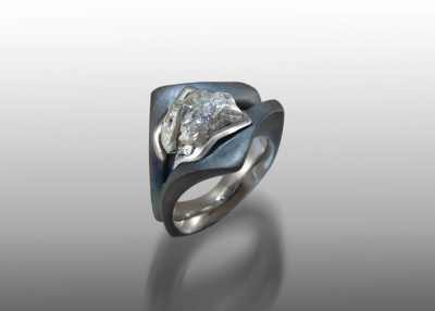 diamond crystal steel ring
