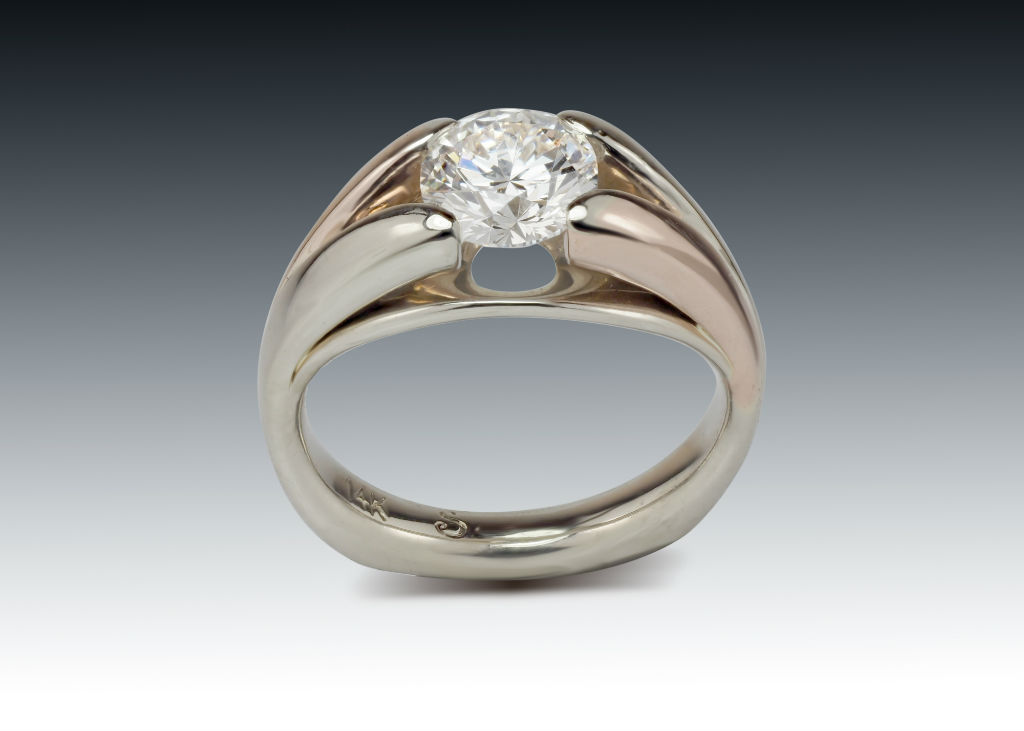 Diamond two tone solitaire