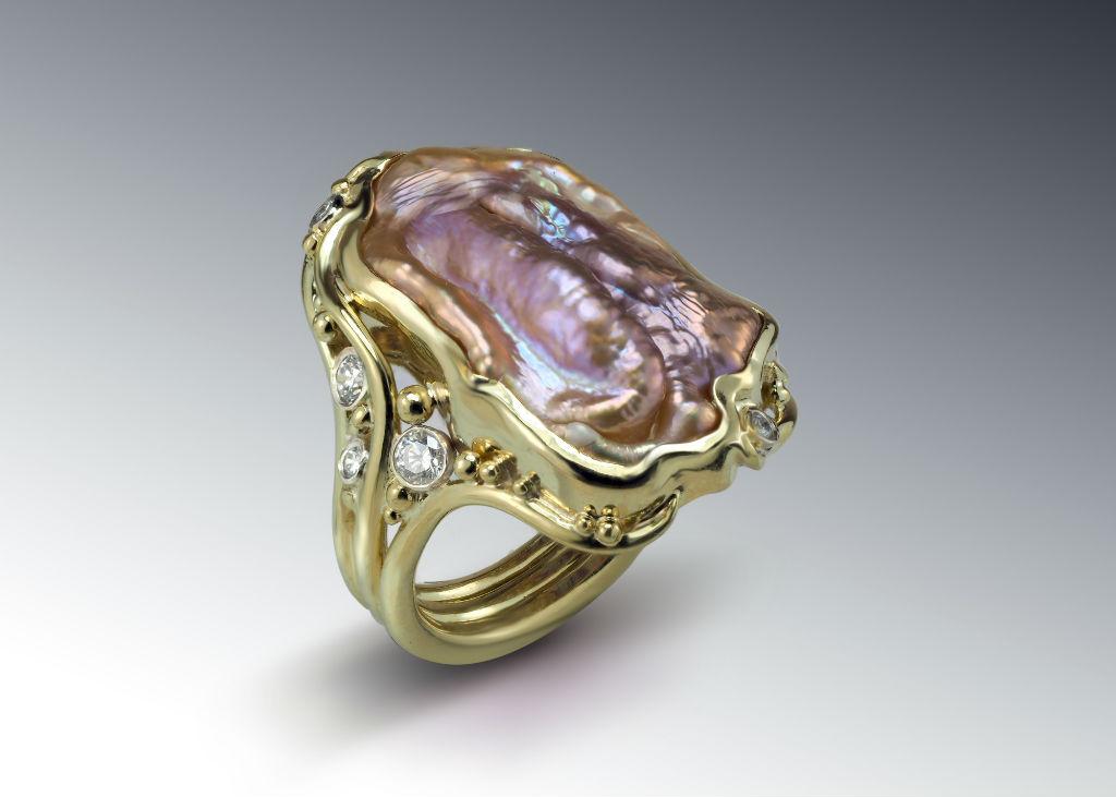 Pearl Pecan Ring 18k Diamonds