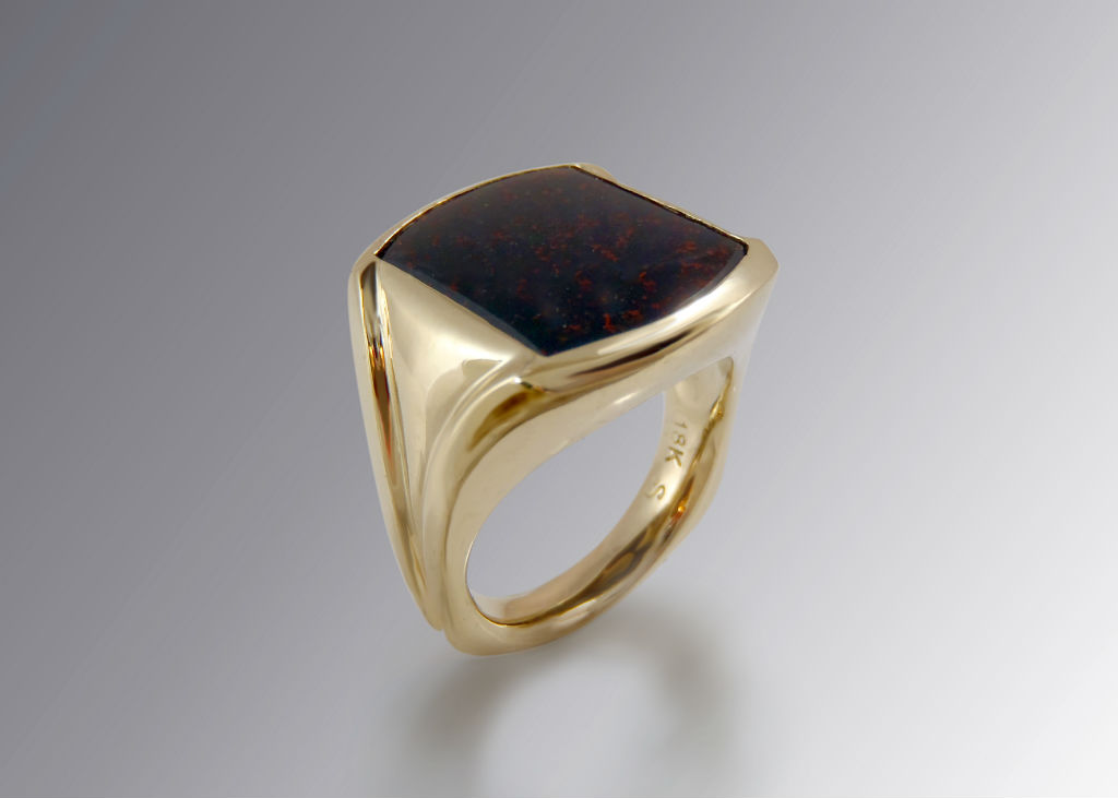 bloodstone and 18k gold men's signet