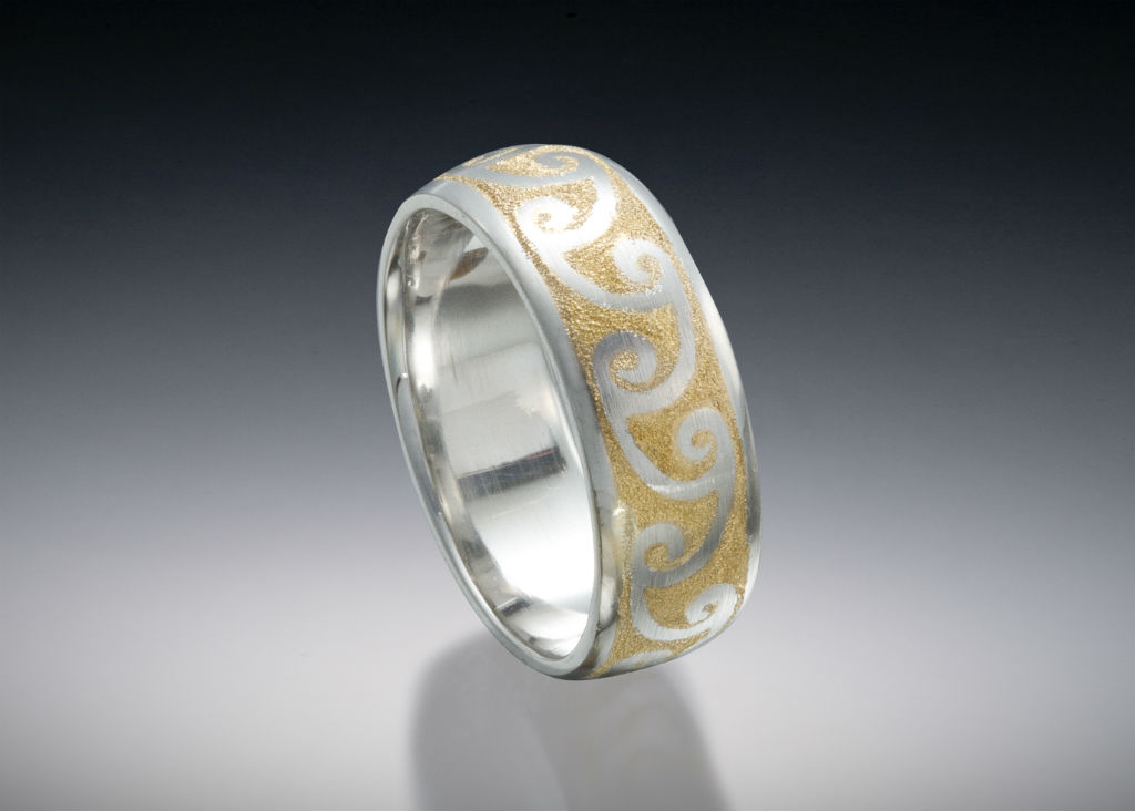 Platinum 24k Inlay Wave Band