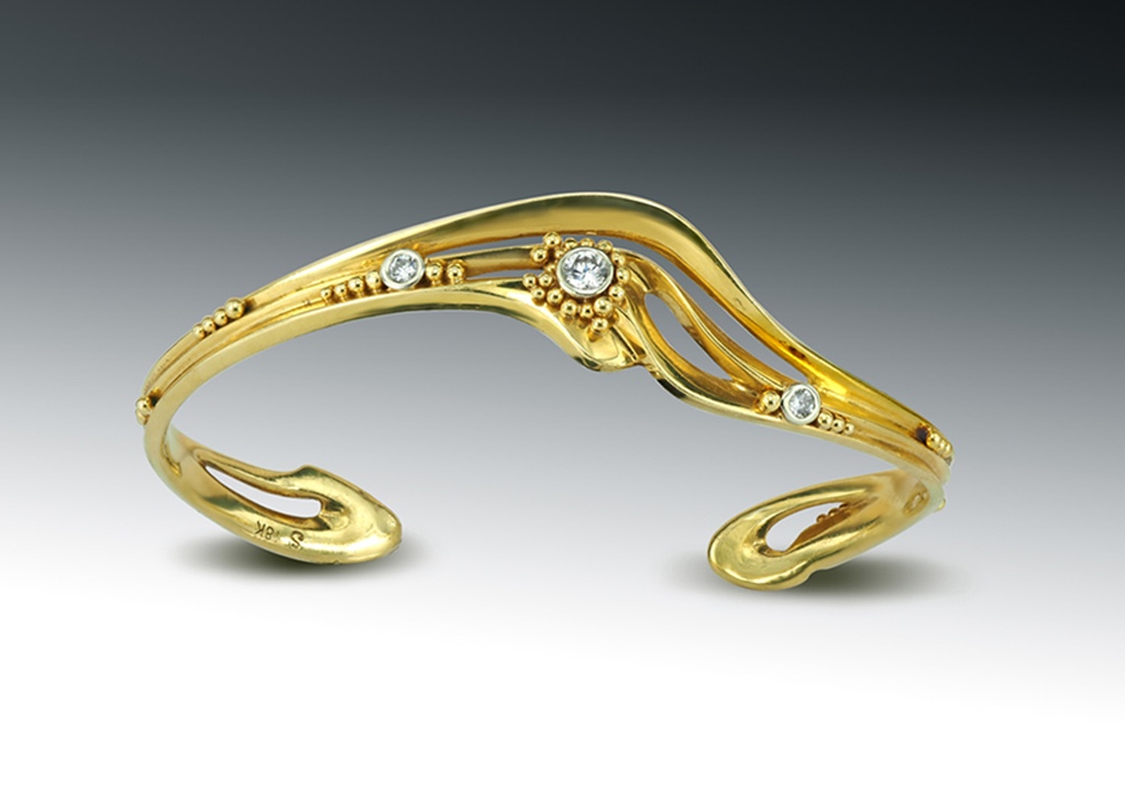 18K Yellow Gold Wave Cuff Bracelet with Granulation and Diamonds